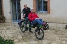 Die Warmshower Michel und Lily reisen mit dem Tandem.